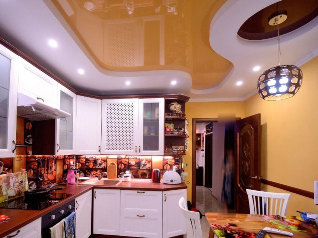 Натяжные потолки на кухню фото дизайн картинки